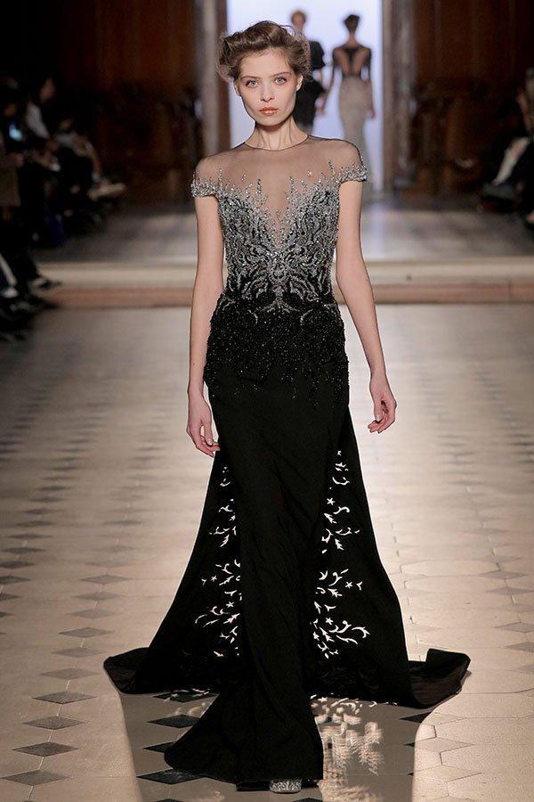 41638bcf3 عرض Dior للخياطة الراقية لربيع 2017: قصّة خياليّة ممزوجة بتصاميم عمليّة  تعكس صورة المرأة القويّة