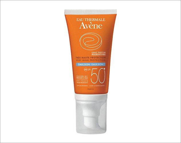cc395d255 افضل واقي شمس للبشرة الدهنية: 6 كريمات تحمي بشرتكِ وتبيضها