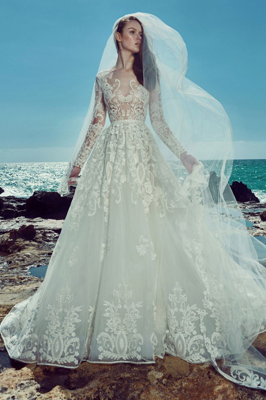 e88ab87ef أجمل 10 فساتين زفاف من مجموعات Zuhair Murad