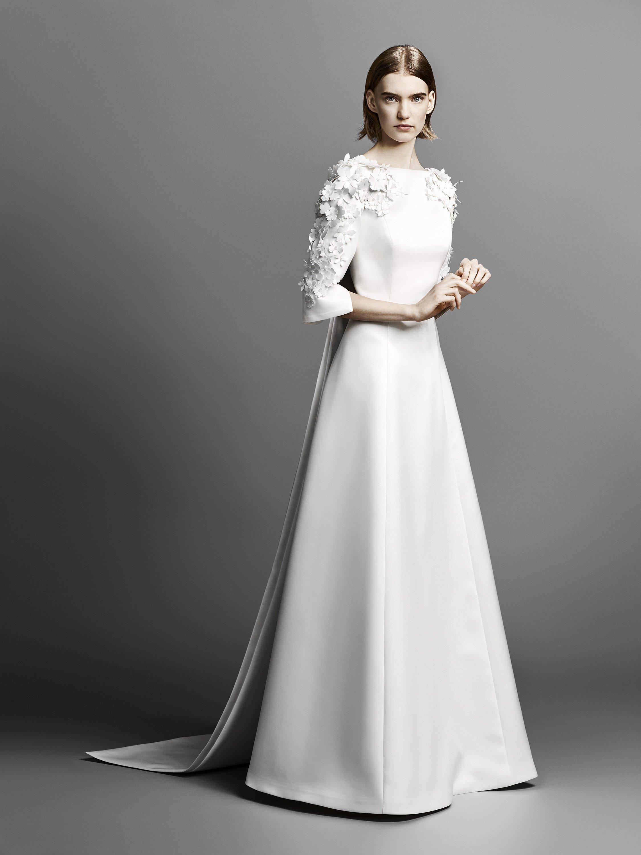 263b9c88dd32a صور فساتين زفاف بسيطة وناعمة تليق بالمرأة التي لا تبحث عن التصاميم ...