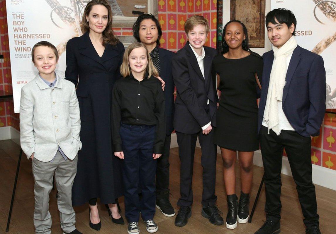 نتيجة بحث الصور عن ابناء انجلينا جولي